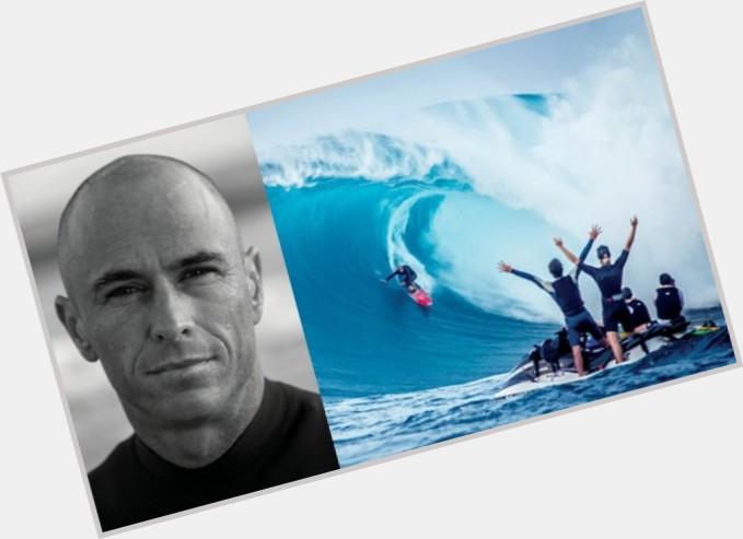 shane dorian surfing 1.jpg