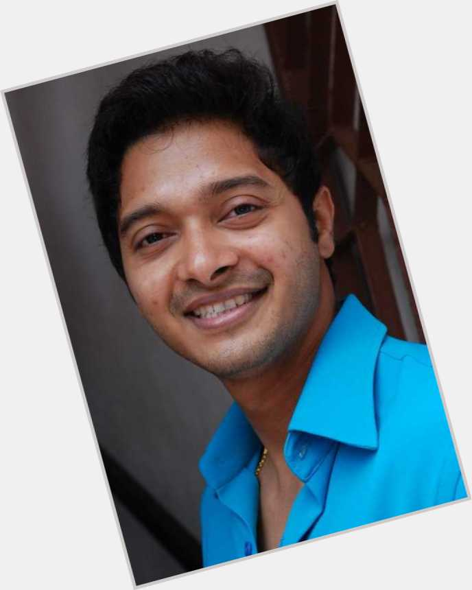 shreyas talpade in golmaal returns 1