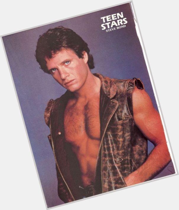 "<a href=""/hot-men/steve-bond/is-he-what-doing-now"">Steve Bond</a> Athletic body,  dark brown hair & hairstyles"