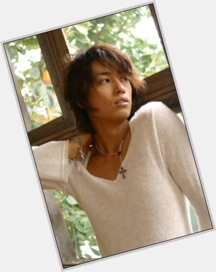 "<a href=""/hot-men/takumi-saito/where-dating-news-photos"">Takumi Saito</a> Slim body,  black hair & hairstyles"