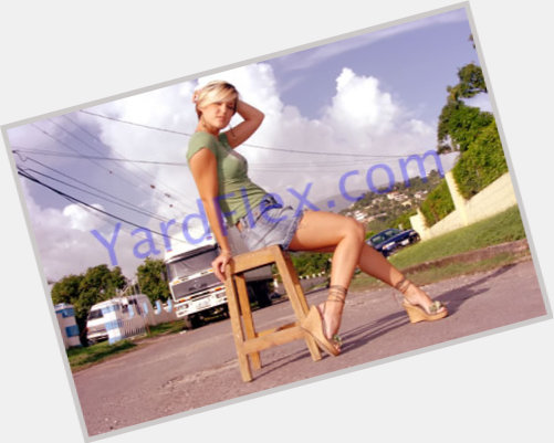Tami Chynn new pic 5