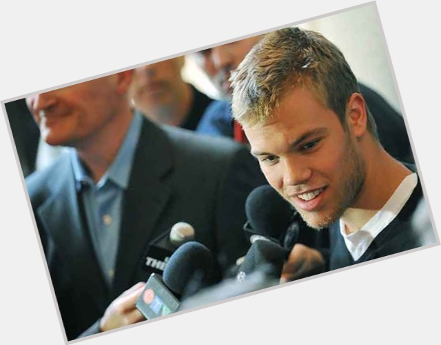 Taylor Hall exclusive hot pic 6.jpg