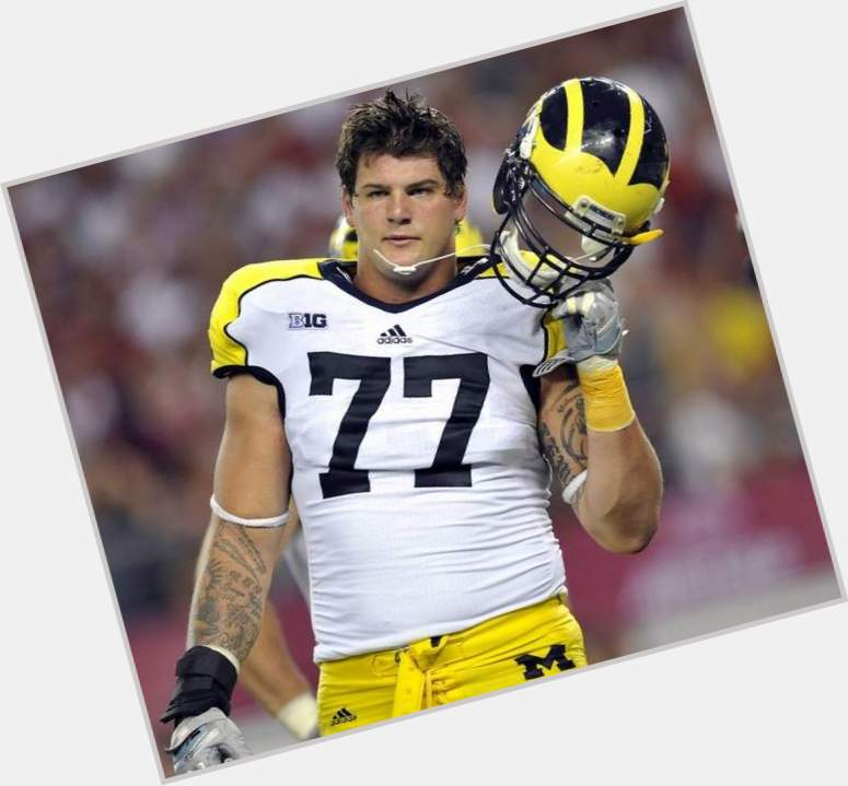 Taylor Lewan birthday 2015