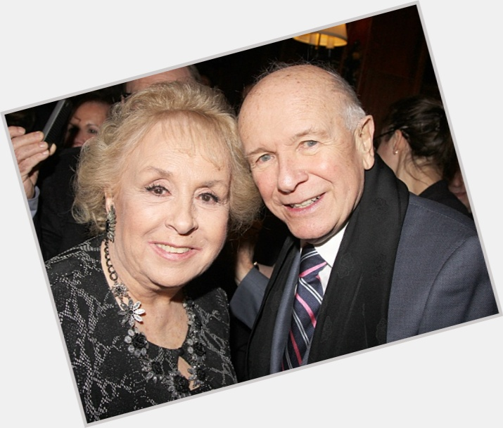 "<a href=""/hot-men/terrence-mcnally/where-dating-news-photos"">Terrence Mcnally</a> Average body,  bald hair & hairstyles"
