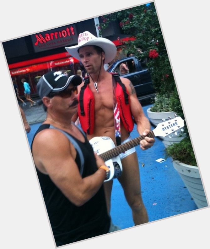 The Naked Cowboy dating 7.jpg