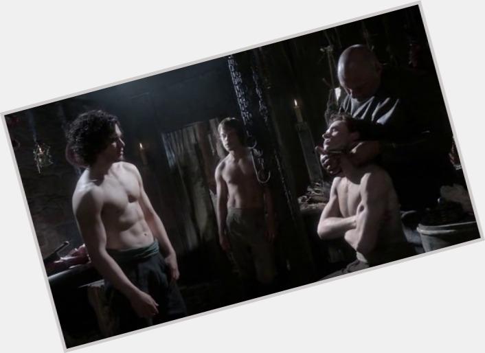 Theon Greyjoy sexy 6.jpg
