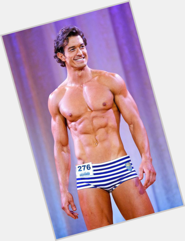 Man Central: Thierre Di Castro: Shirtless