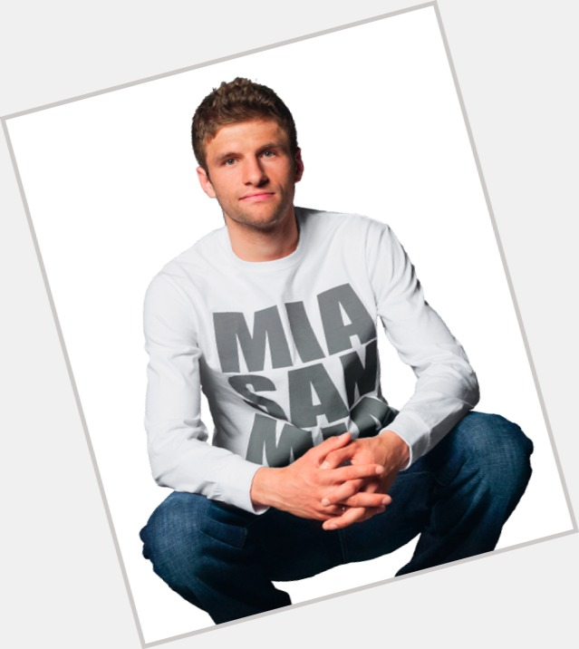 Thomas Muller dating 4.jpg