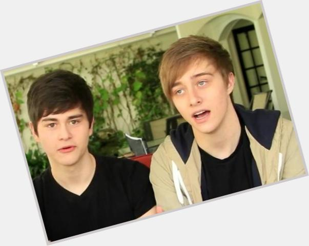 "<a href=""/hot-men/toby-mcdonough/where-dating-news-photos"">Toby Mcdonough</a>  light brown hair & hairstyles"