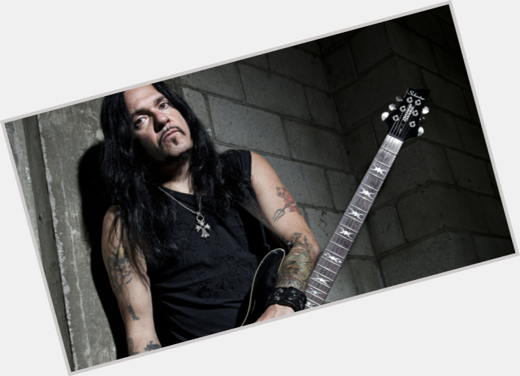 """<a href=""""/hot-men/tommy-victor/where-dating-news-photos"""">Tommy Victor</a> Average body,  black hair & hairstyles"""
