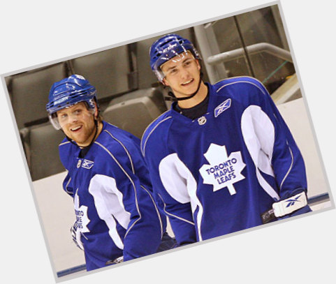 Tyler Bozak dark brown hair & hairstyles Athletic body,