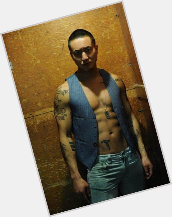 "<a href=""/hot-men/terry-chen/is-he-married-dating"">Terry Chen</a> Athletic body,  black hair & hairstyles"