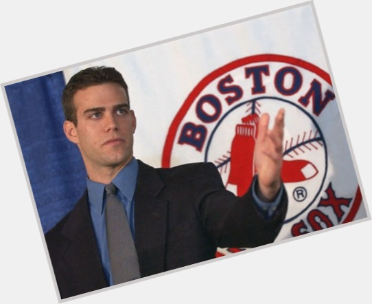 "<a href=""/hot-men/theo-epstein/is-he-married-overrated-leaving-red-sox-going"">Theo Epstein</a> Athletic body,  dark brown hair & hairstyles"