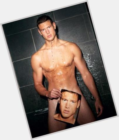 "<a href=""/hot-men/tom-hopper/is-he-married-single-straight-related-dermot-oleary"">Tom Hopper</a> Athletic body,  blonde hair & hairstyles"