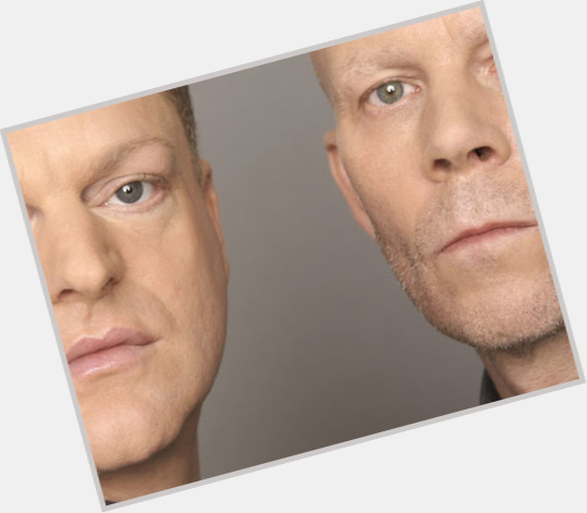 """<a href=""""/hot-men/vince-clarke/is-he-married-straight-what-doing-now-much"""">Vince Clarke</a> Average body,  bald hair & hairstyles"""