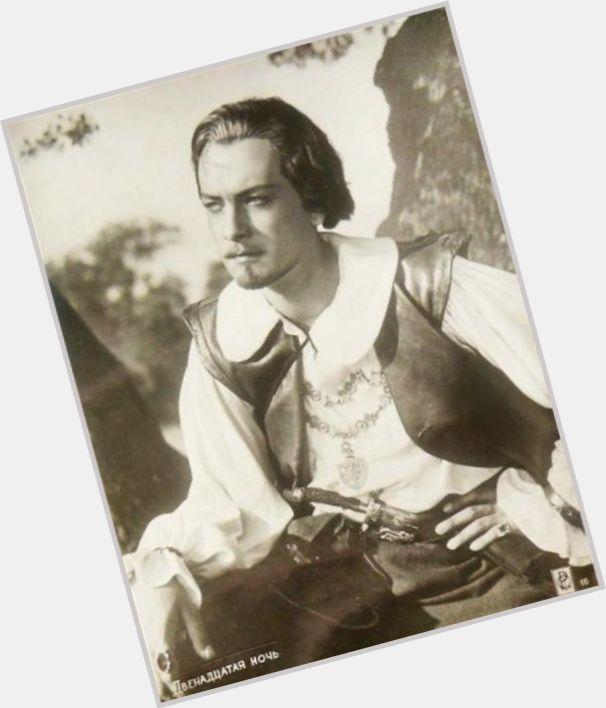 "<a href=""/hot-men/vadim-medvedev/where-dating-news-photos"">Vadim Medvedev</a> Average body,  light brown hair & hairstyles"