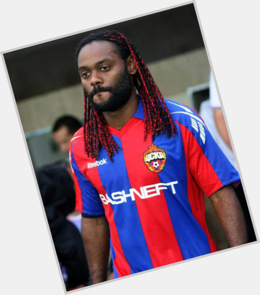 Vagner Love dark brown hair & hairstyles Athletic body,