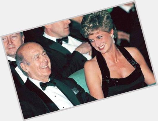 "<a href=""/hot-men/valery-giscard-d-estaing/where-dating-news-photos"">Valery Giscard D Estaing</a> Average body,"