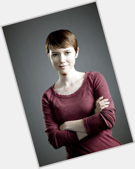 Valorie Curry full body 9