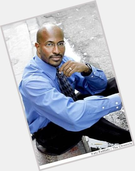 "<a href=""/hot-men/van-jones/where-dating-news-photos"">Van Jones</a> Athletic body,  bald hair & hairstyles"