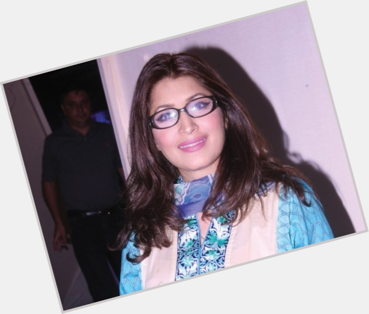 Vaneeza Ahmad birthday 2015