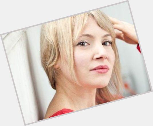 "<a href=""/hot-women/victoria-bidewell/where-dating-news-photos"">Victoria Bidewell</a> Slim body,  blonde hair & hairstyles"