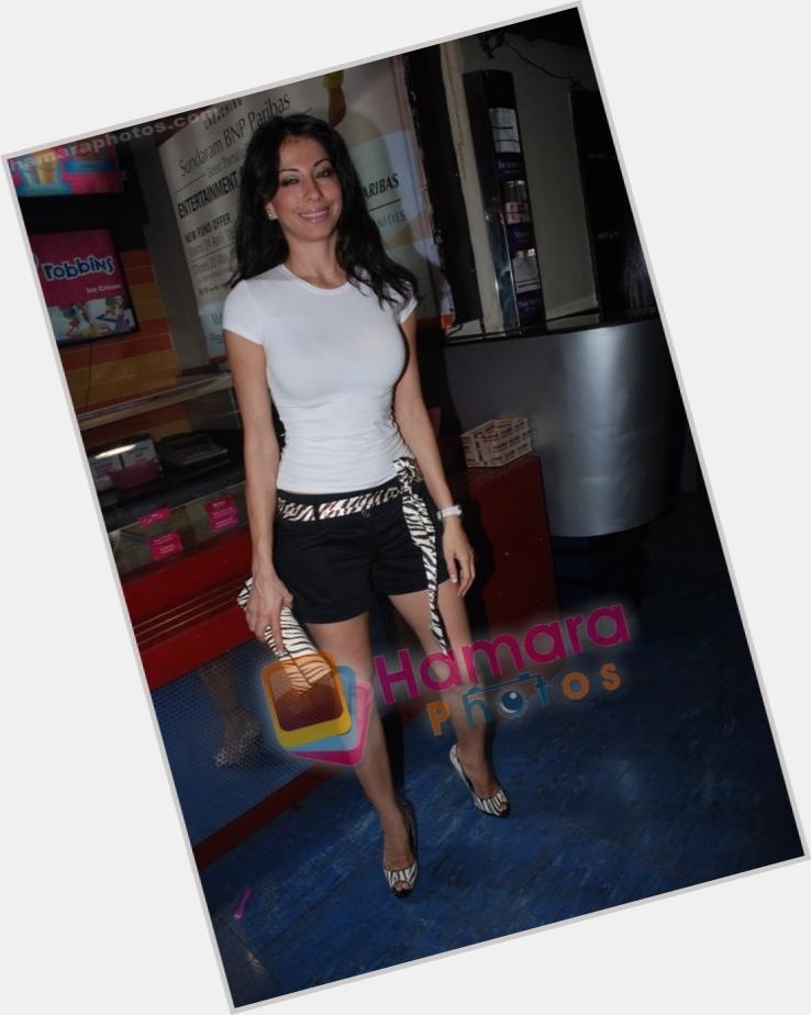 "<a href=""/hot-women/vida-samadzai/where-dating-news-photos"">Vida Samadzai</a>"