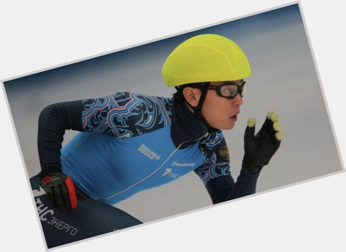 Viktor Ahn body 8.jpg