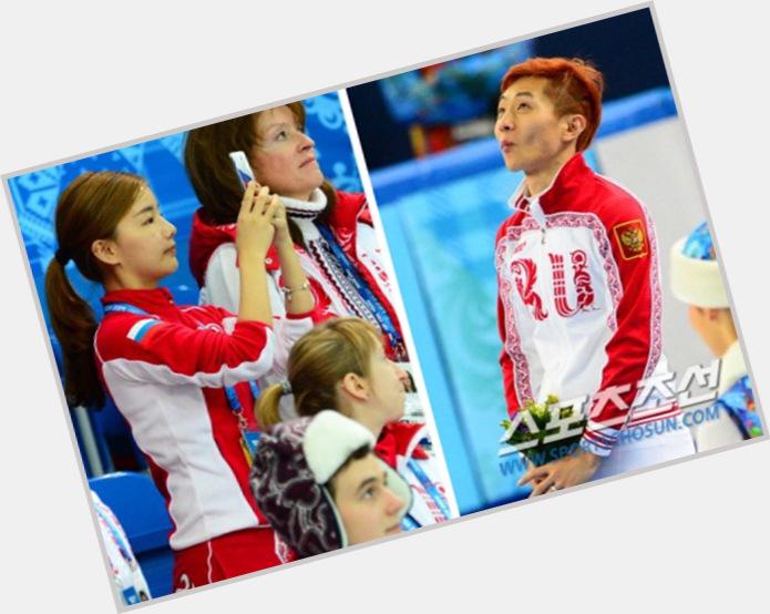 Viktor Ahn full body 7.jpg