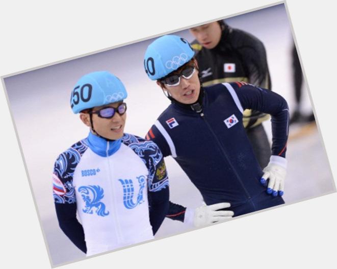 Viktor Ahn hairstyle 3.jpg