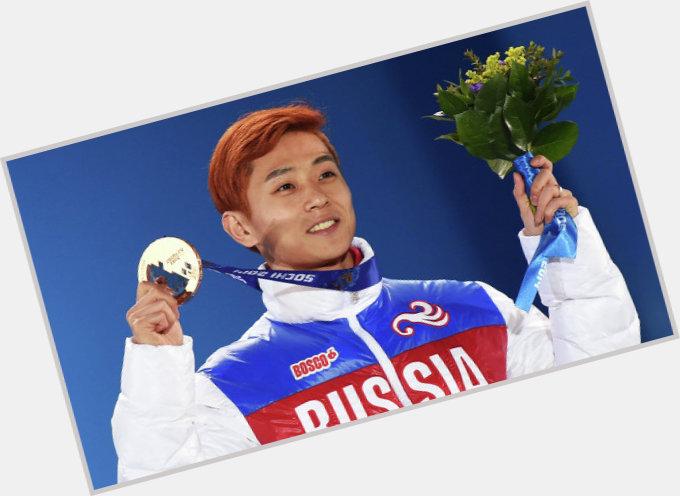 Viktor Ahn sexy 0.jpg