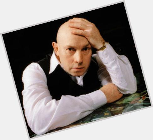"<a href=""/hot-men/viktor-sukhorukov/where-dating-news-photos"">Viktor Sukhorukov</a> Slim body,  light brown hair & hairstyles"