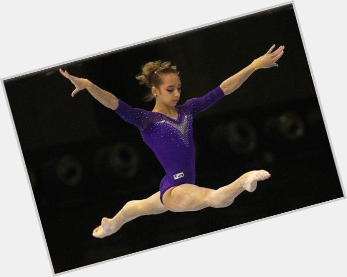 Viktoria Komova body 7.jpg