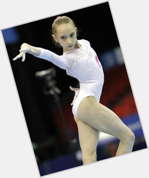 Viktoria Komova dating 4.jpg