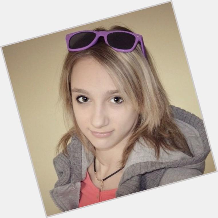 Viktoria Komova where who 8.jpg
