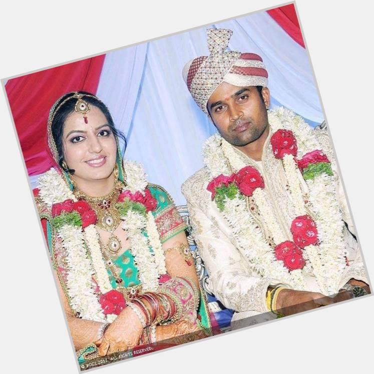 Vinay Kumar dating 2