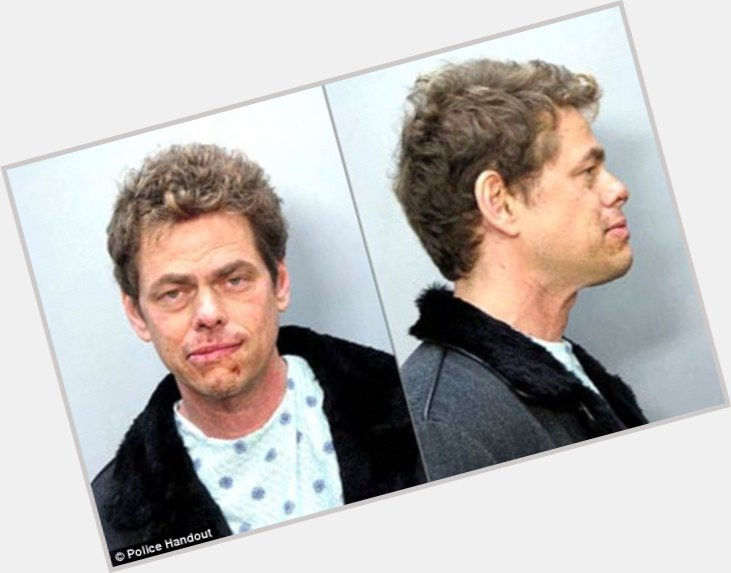 "<a href=""/hot-men/vince-offer/where-dating-news-photos"">Vince Offer</a> Slim body,  dyed blonde hair & hairstyles"