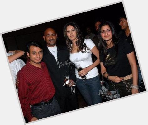 Vinod Kambli dating 2