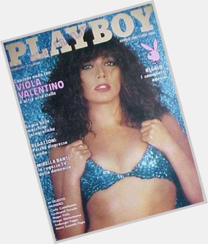 "<a href=""/hot-women/viola-valentino/where-dating-news-photos"">Viola Valentino</a> Slim body,  dark brown hair & hairstyles"