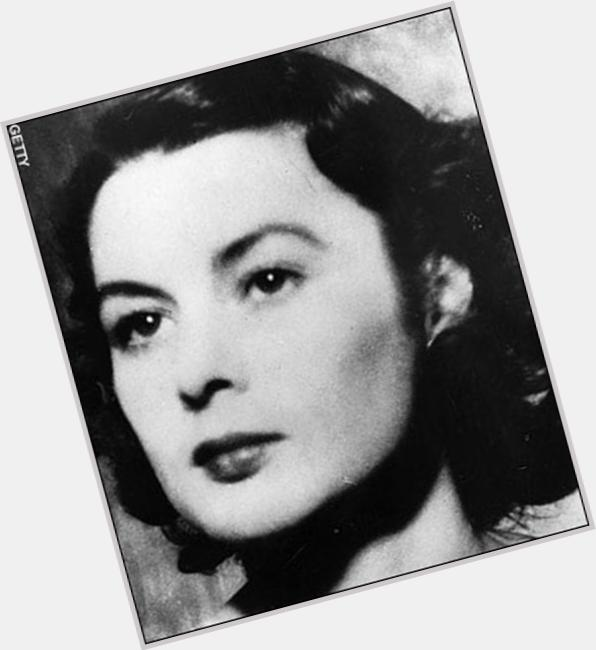 "<a href=""/hot-women/violette-szabo/where-dating-news-photos"">Violette Szabo</a> Slim body,  dark brown hair & hairstyles"