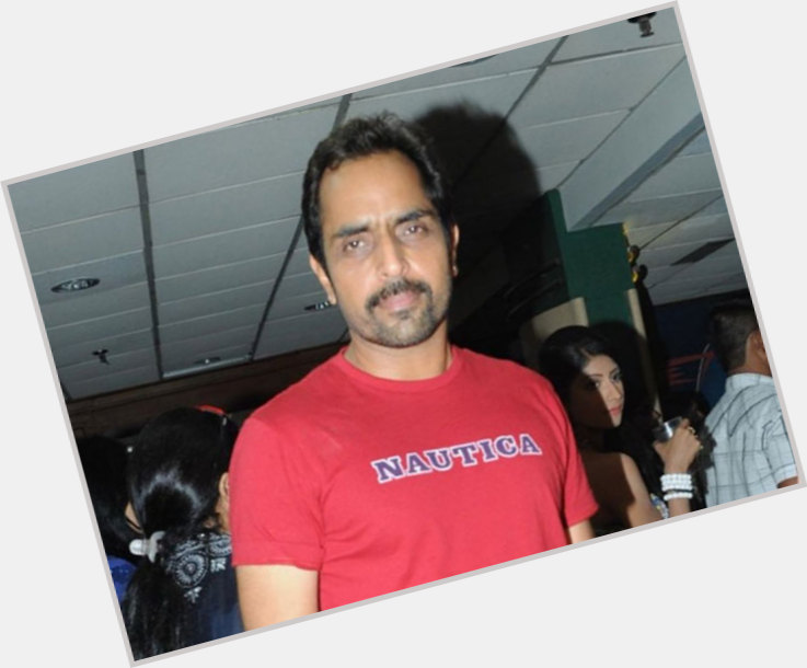 "<a href=""/hot-men/vishwajeet-pradhan/where-dating-news-photos"">Vishwajeet Pradhan</a>"