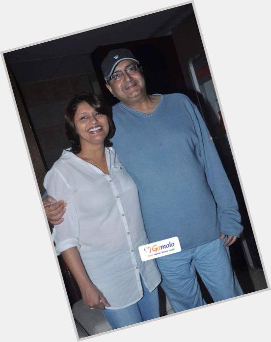 "<a href=""/hot-men/vivek-vaswani/where-dating-news-photos"">Vivek Vaswani</a>"