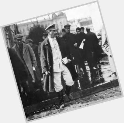 Vyacheslav Molotov body 8.jpg