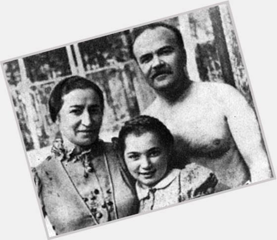 Vyacheslav Molotov hairstyle 3.jpg