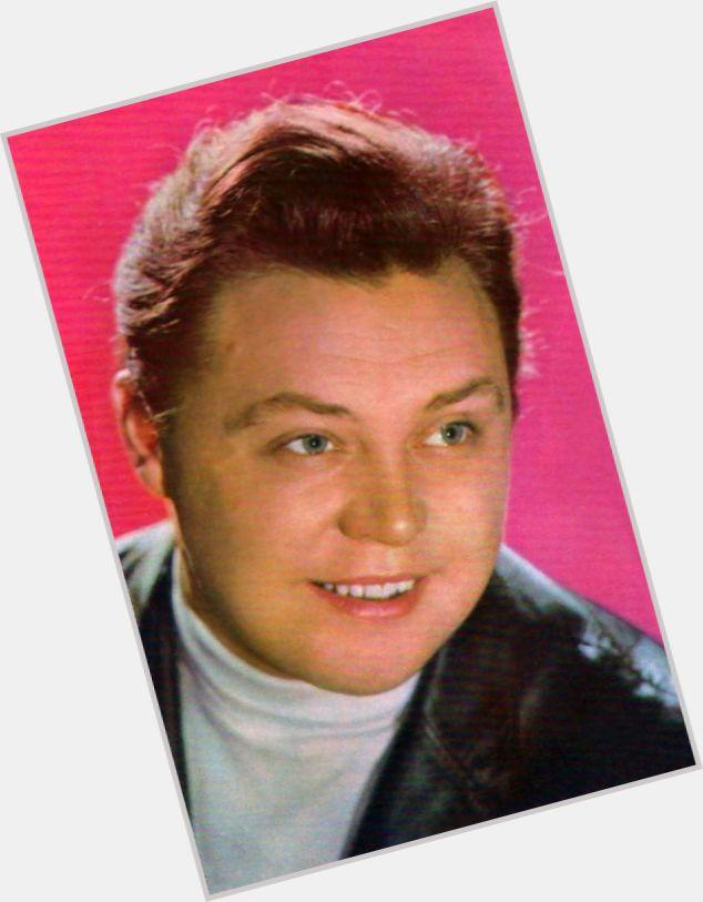 Vyacheslav Nevinnyy hairstyle 3.jpg