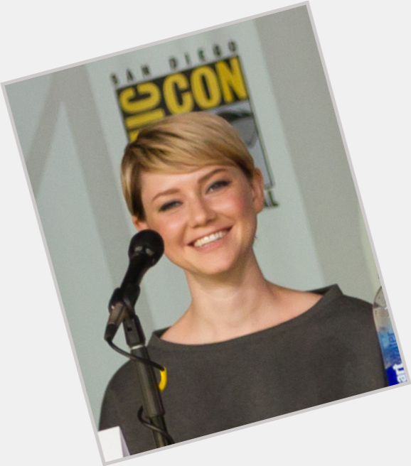 Valorie Curry birthday 2015
