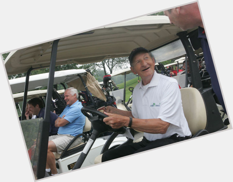 Walter Gretzky exclusive hot pic 3
