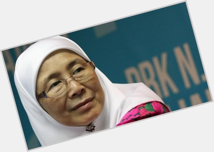 Wan Azizah new pic 1