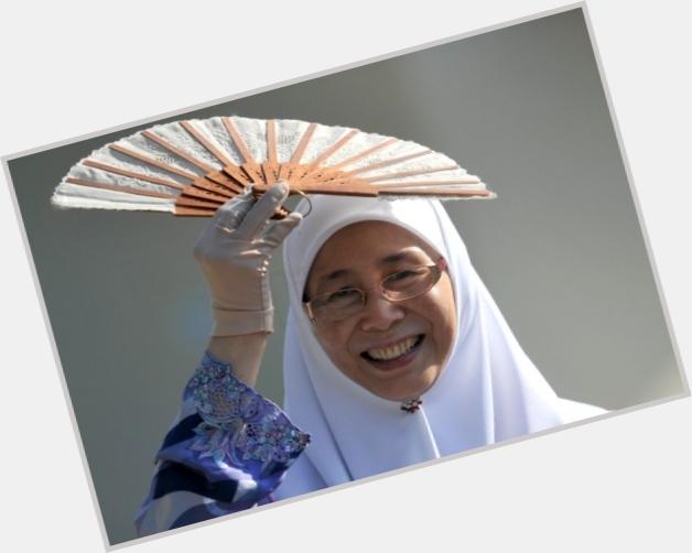 Wan Azizah sexy 6