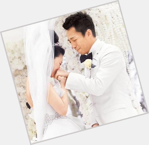 """<a href=""""/hot-men/wang-xiaofei/where-dating-news-photos"""">Wang Xiaofei</a> Average body,  black hair & hairstyles"""